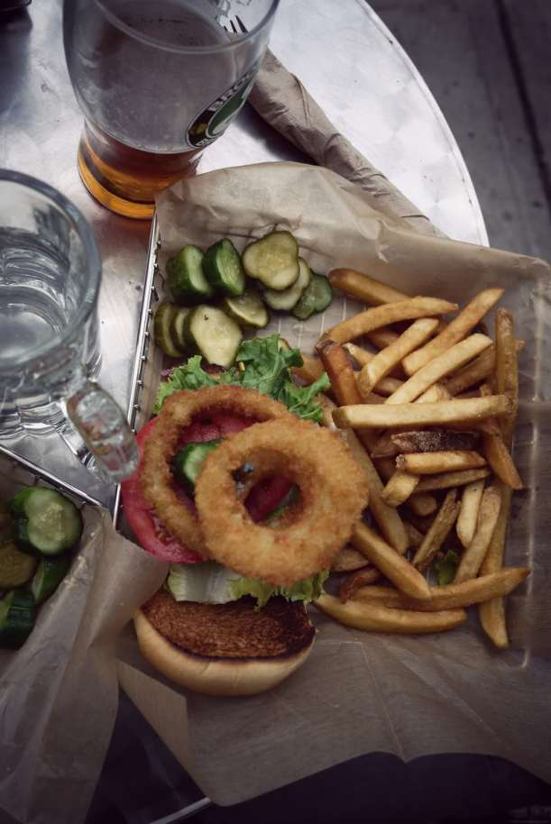 Brooklyn-burger-onion-rings