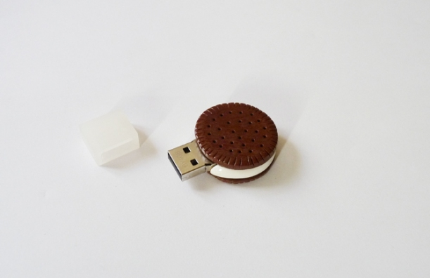 chocolate biscuit USB la boite a couture