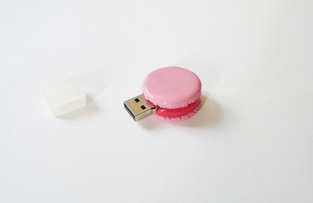 pink macaron USB la boite a couture